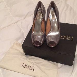 Badgley Mischka Metallic Heels